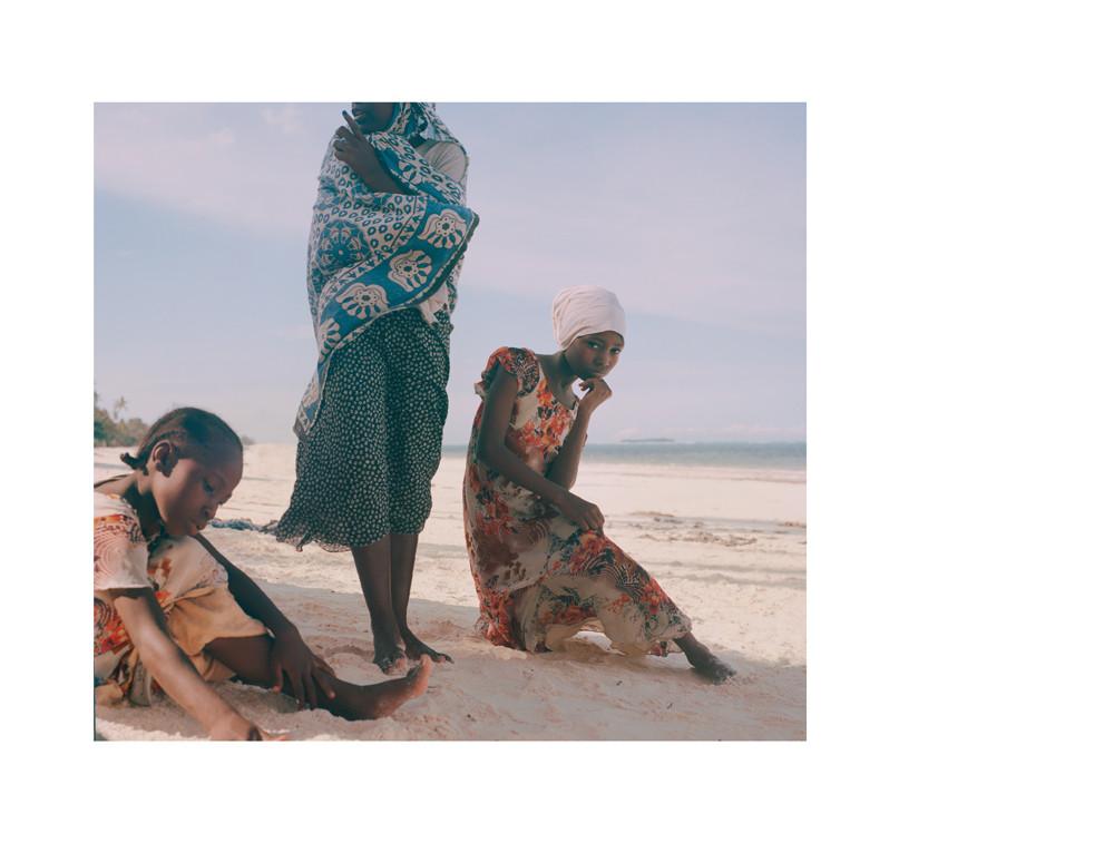 Karibuni Theatre Group - Ongoing Project - © Amanda Camenisch